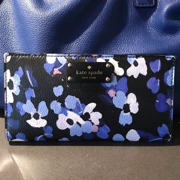 kate spade Handbags - Kate Spade Grove Street Stacy wallet